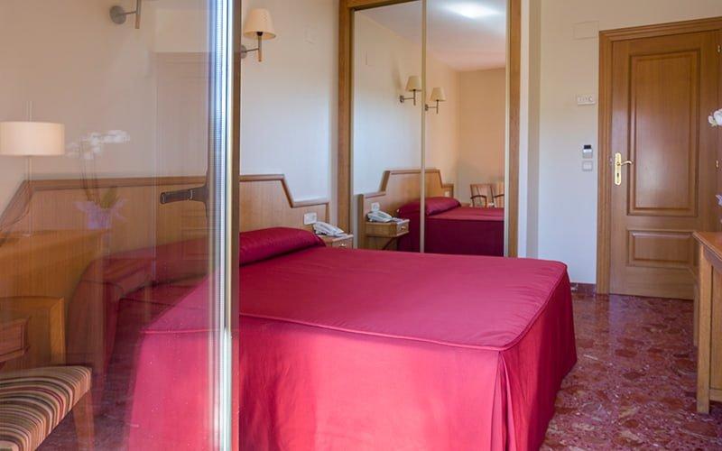 alojamiento hotel chane la puebla de alfinden