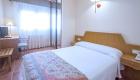 habitacion doble cama de matrimonio hotel chane