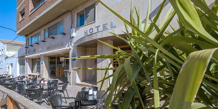 ubicacion de hotel chane la puebla de alfinden